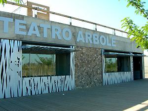 Fachada Teatro Arbolé