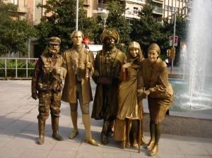 Concurso de Estatuas Humanas en Puerto Venecia