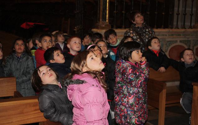 Escolares visitando la Catedral