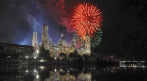 Fuegos artificiales para las Fiestas del Pilar 2012