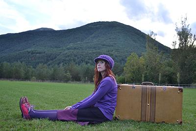Violeta-y-su-maleta